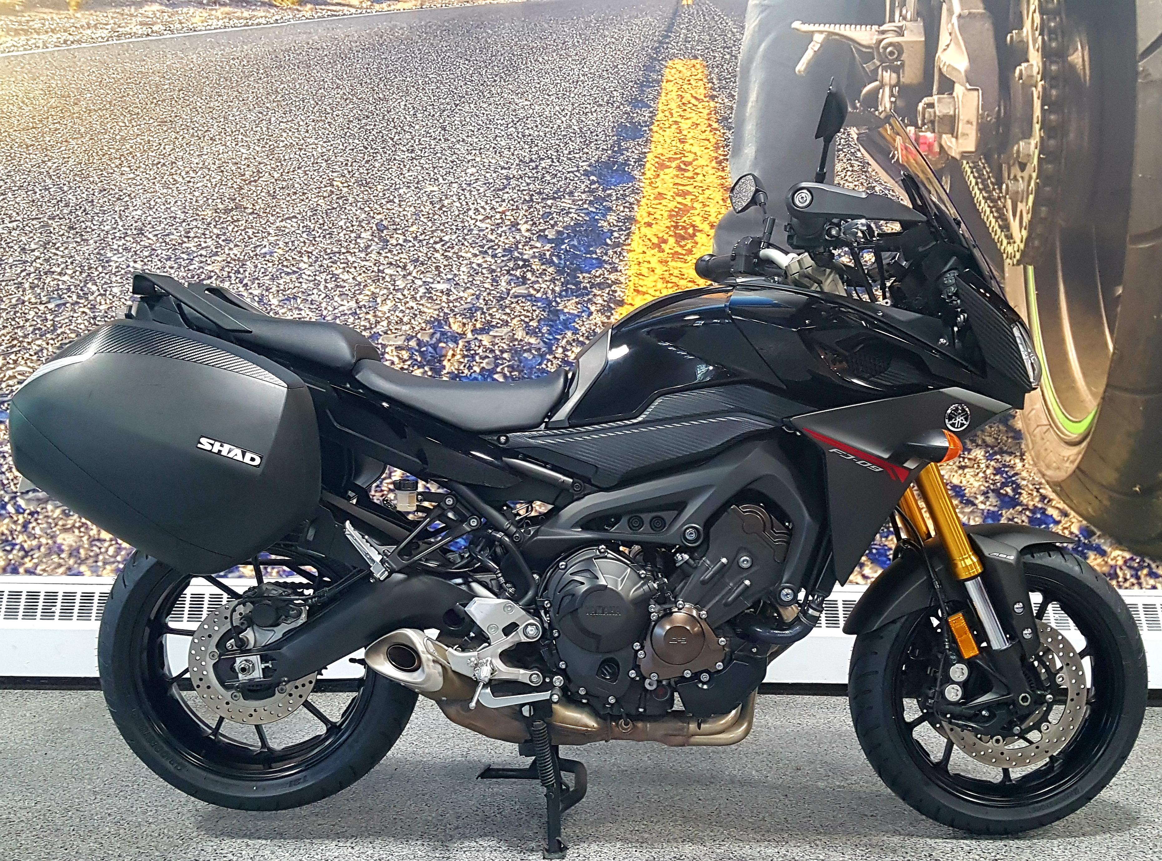 8953 Yamaha FJ09 2016